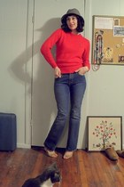 vintage HushPuppy sweater - high waisted Old Navy jeans - vintage hat