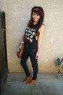 Burnt-orange-cowboy-ankle-bcbg-boots-black-skinny-forever-21-jeans-brick-red