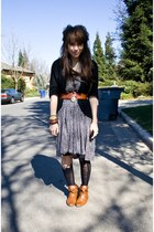 bronze Forever 21 boots - black dress - black tights - black knit Forever 21 car