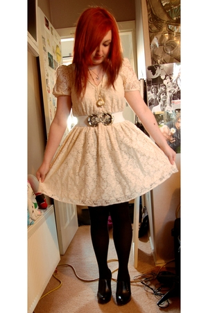 white Primark dress - black new look shoes - white H&M belt - silver Swallow nec