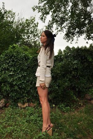 white xhiliration blouse - beige Ralph Lauren Sport sweater - beige Arden B shor