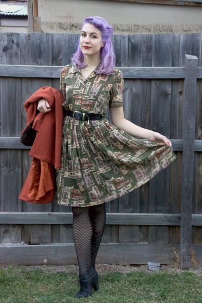olive green vintage dress - burnt orange Princess Highway coat
