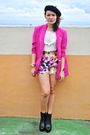 Pink-blazer-niche-shorts-beige-forever-21-top-black-soule-phenomenon-boots