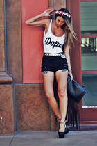 black fringed Choies bag - black destroyed Forever 21 shorts