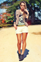 dark khaki military Apoá jacket - eggshell lace Sheinside shorts