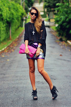 black ankle boot Arezzo boots - hot pink clutch foreign exchange bag