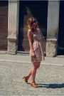 Bershka-dress-new-yorker-sunglasses-stradivarius-sandals