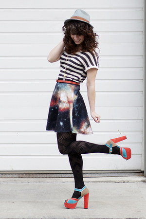 modcloth skirt - similar thrifted hat - similar modcloth tights