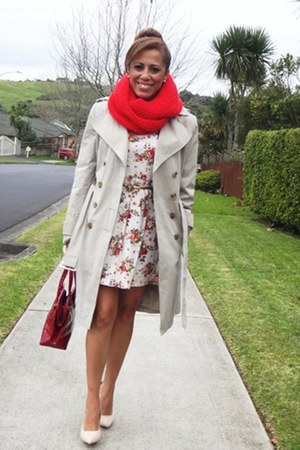 Chica Booti dress - cotton on scarf - Forever 21 heels - calvin klein cape
