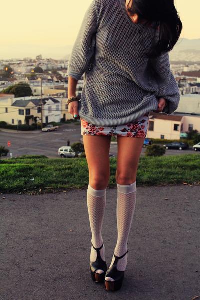 danys platform Jessica Simpson sandals - floral print Forever 21 dress