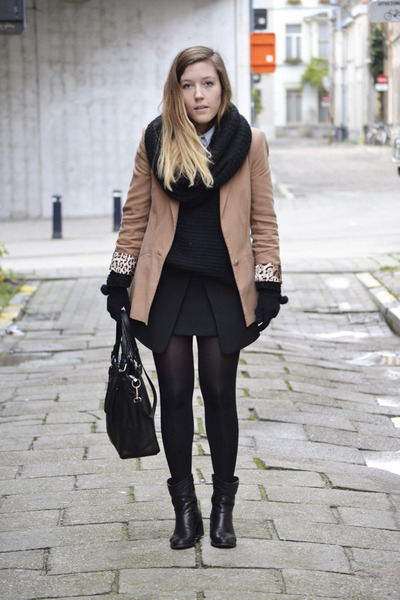 Unknown-boots-zara-blazer-unknown-bag-zara-skirt