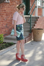 navy J Crew skirt - dark brown Karen Walker sunglasses