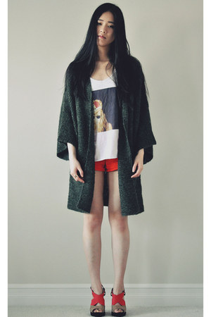 dark green long cardigan Maxstudio cardigan - red zip Forever 21 shorts