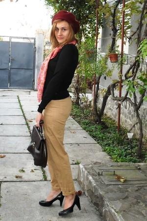 black Sisley blouse - beige vintage pants - brown vintage bag
