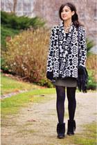 Forever 21 jacket - Primark shoes - Primark bag - Sfera skirt