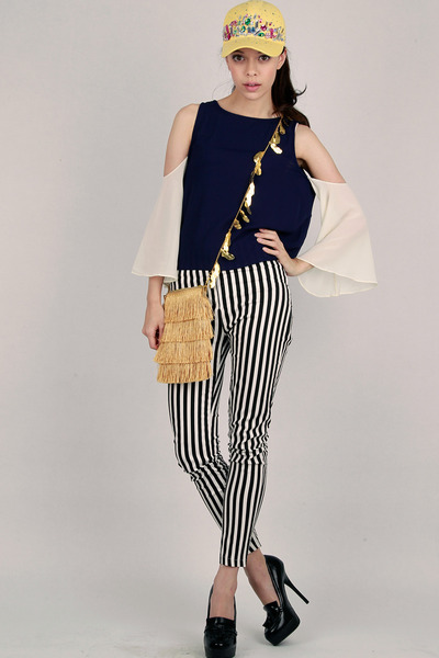 DIDD hat - DIDD bag - colourblock DIDD top - DIDD pants