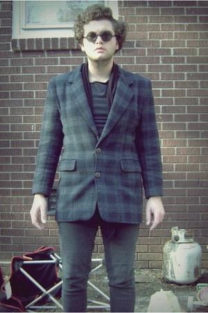 faded jeans - thrifted blazer - john lennon glasses