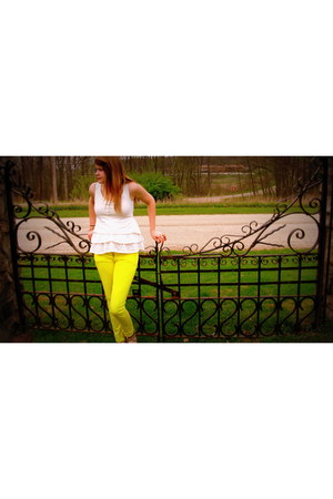 yellow delias jeans - cream TJ Maxx top