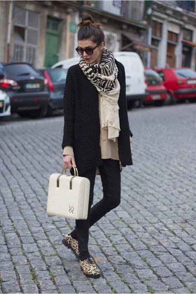 vintage bag - Deena & Ozzy shoes - vintage shirt - Zara scarf - Zara cardigan