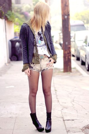 obstacle fringe Billabong sweater - vagabond boots - Tunnel Vision shorts