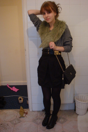 American Apparel sweater - Miss Selfridges skirt - Topshop belt - vintage scarf 