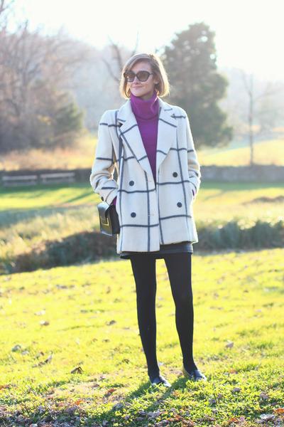 plaid vintage coat - cowl neck vintage sweater - Sophie Hulme bag