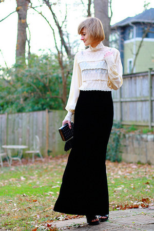 black velvet vintage skirt - black Givenchy boots
