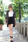Black-robe-vintage-jacket-black-mini-sophie-hulme-bag