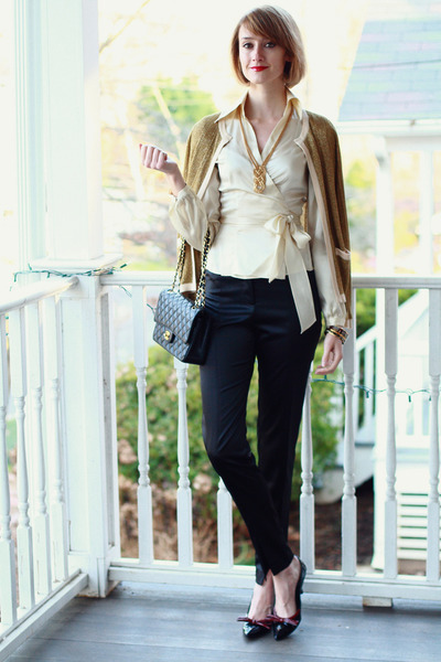 black bow Prada pumps - mustard asos sweater - black Chanel bag