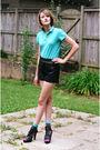 Blue-lacoste-top-black-topshop-shorts-blue-happy-socks-black-mango-shoes