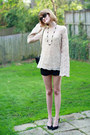 Neutral-bell-sleeve-vintage-sweater-black-quilted-chanel-bag