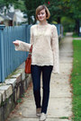 Neutral-bell-sleeve-vintage-sweater-navy-skinny-h-m-jeans