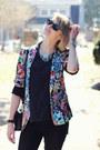 Black-gold-stripe-zara-jeans-sky-blue-floral-zara-blazer