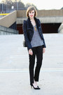 Black-shearling-romwe-jacket-black-quilted-chanel-bag-black-asos-pants
