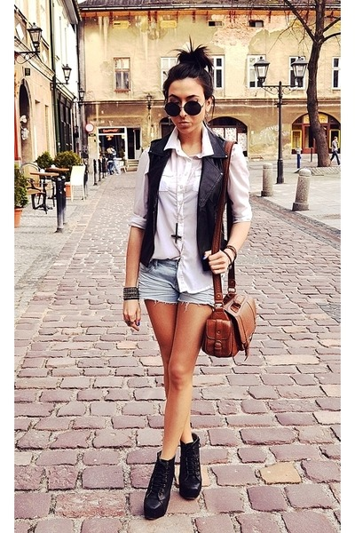 White-cubus-shirt-brown-topshop-bag-periwinkle-new-yorker-shorts_400