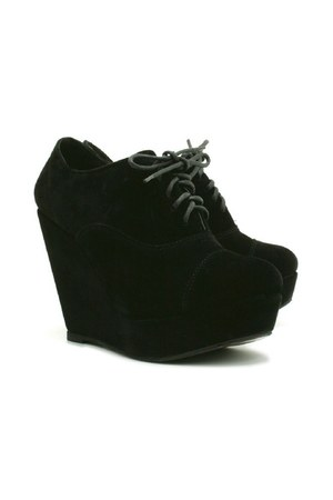 black Dixi wedges