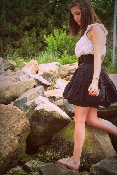 black H&M skirt - white Forever21 shirt - gold American Eagle shoes