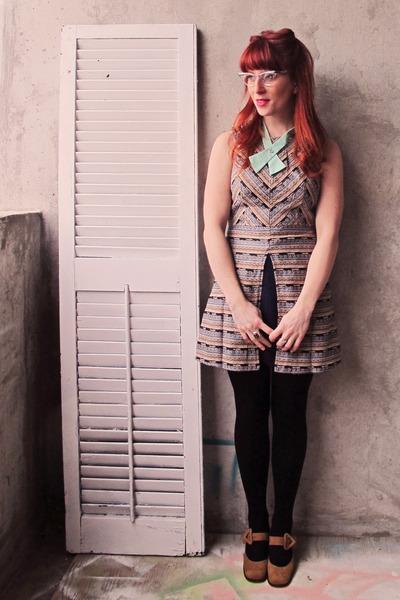 aquamarine lady tie Flapper Girl tie - tan arras dress modcloth dress