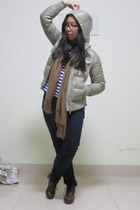 stripes H&M top - ankle boots - down-feathered Uniqlo jacket - tassled scarf