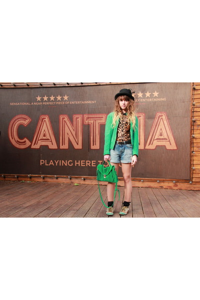 Zara top - H&M hat - Vero Moda jacket - Urban Outfitters bag - Zara shorts