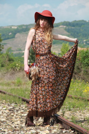 brown vintage belt - dark brown vintage dress