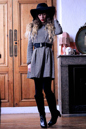 black Pepe Jeans boots - black sammydress dress - black H&M hat