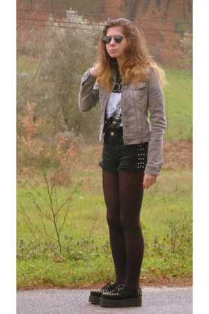 Stradivarius jacket - Pull and Bear shorts - Pull and Bear glasses
