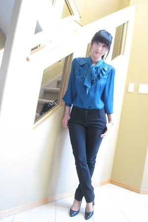 blue Attitude blouse - black pants - black shoes