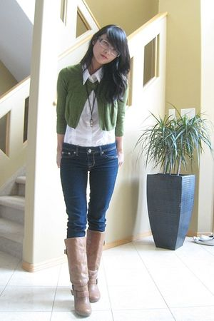 beige shoes - blue jeans - brown necklace - white blouse - green cardigan