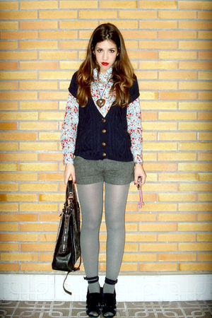 blue BLANCO shirt - blue Sfera sweater - black Rober Pietri purse