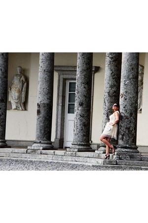 no brand dress - Prada heels