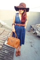 wide brim NyLa hat - jeans unknown brand dress - quilted Charles & Keith bag