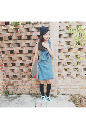 black knee high new look socks - navy dungarees cotton on skirt