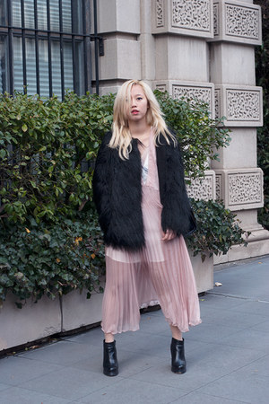 light pink pleated Three Floor dress - black loza Jeffrey Campbell boots